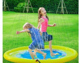 Outdoor garden playmat for toddlers